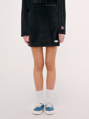 VELOUR SKIRT IS [BLACK]