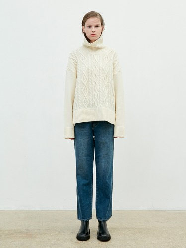 Turtleneck Twisted Knit [Cream]