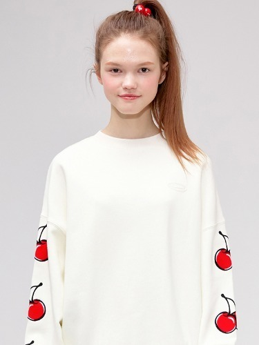 MIDDLE CHERRY SWEATSHIRT IS [IVORY]