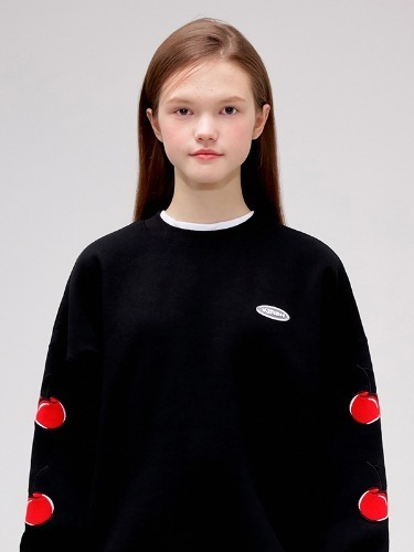 MIDDLE CHERRY SWEATSHIRT IS [BLACK]
