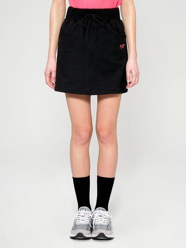 CHERRY BAND SKIRT IS [BLACK]