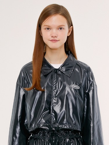 COACH SHORT JACKET IS [BLACK]