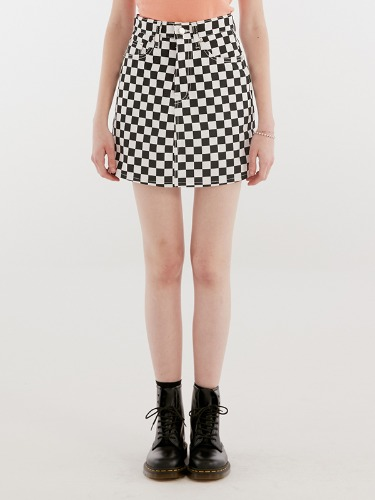 CHECKERED SKIRT IH [WHITE]