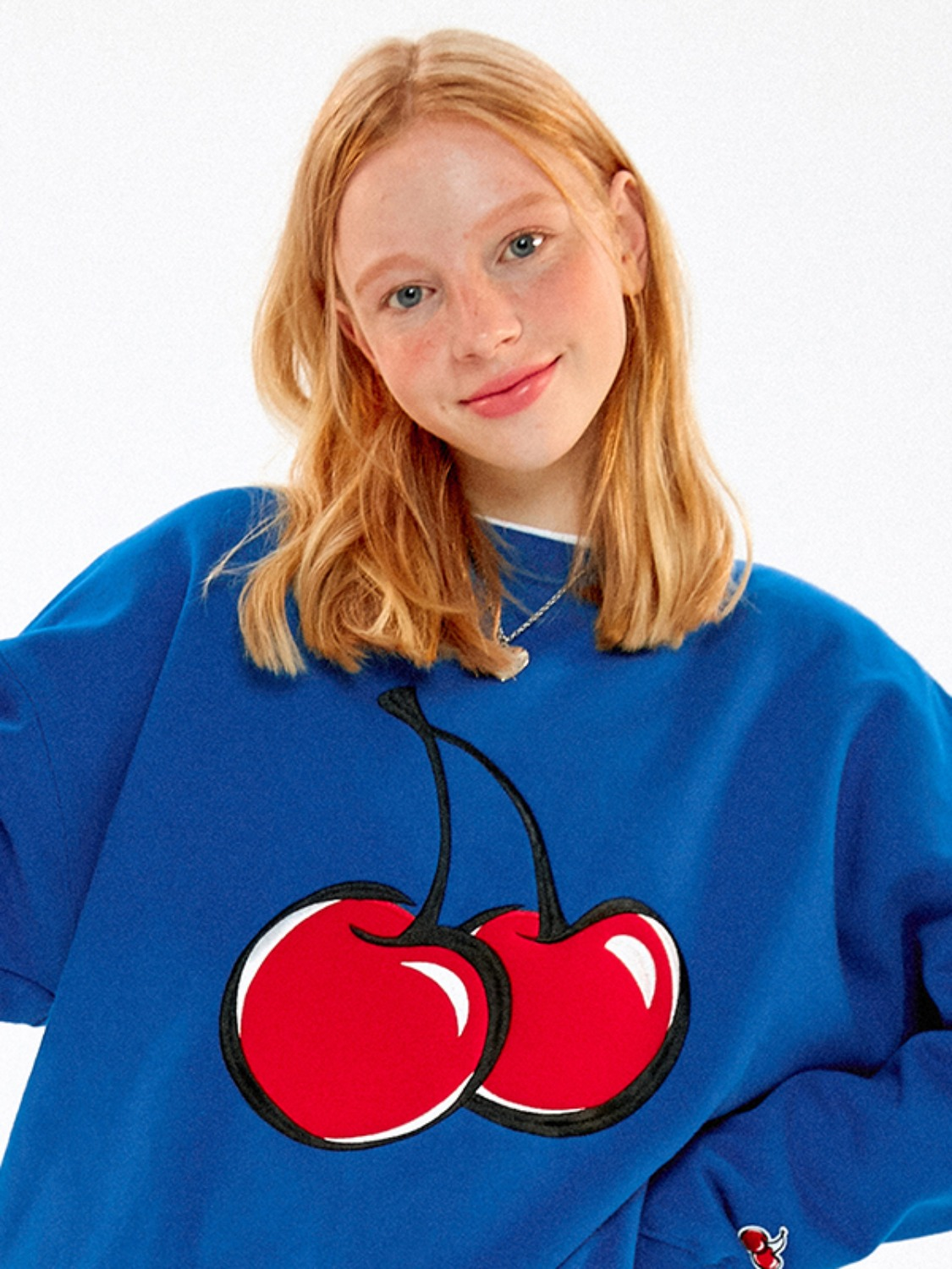 BIG CHERRY SWEATSHIRT JA [BLUE]