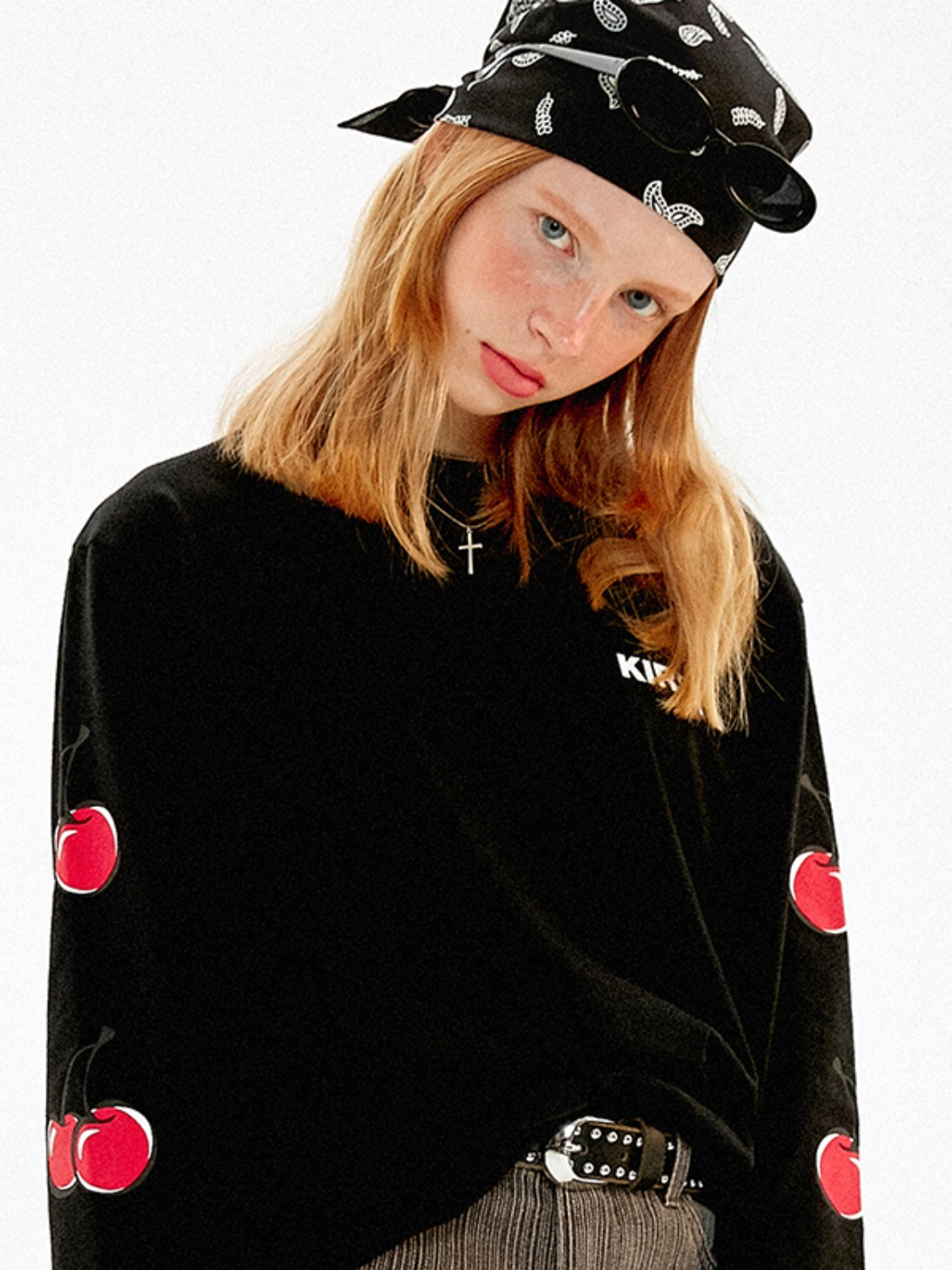 MIDDLE CHERRY LONG SLEEVE T-SHIRTS JA [BLACK]