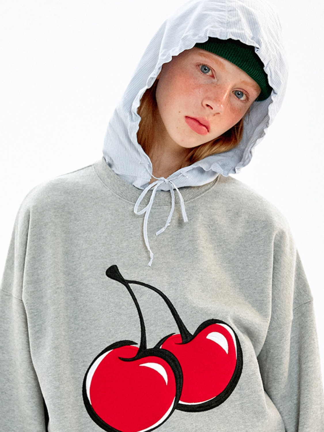 BIG CHERRY SWEATSHIRT JA [MELANGE GRAY]