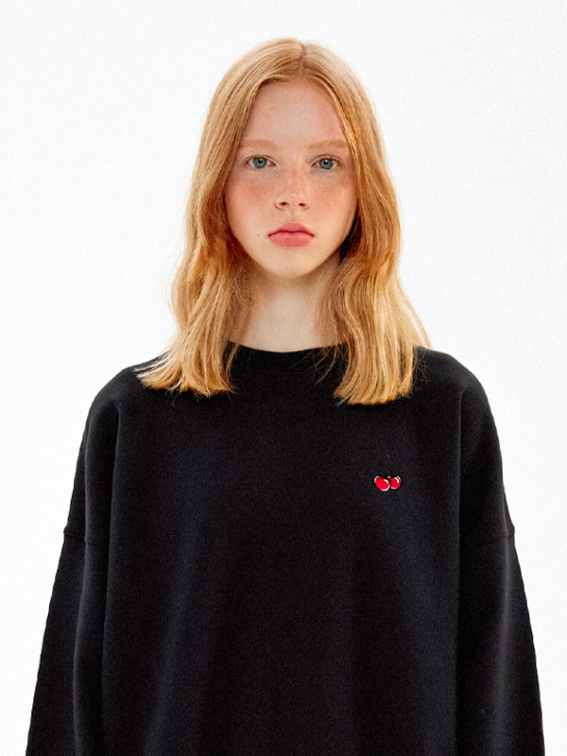 SMALL CHERRY SWEATSHIRT JA [BLACK]