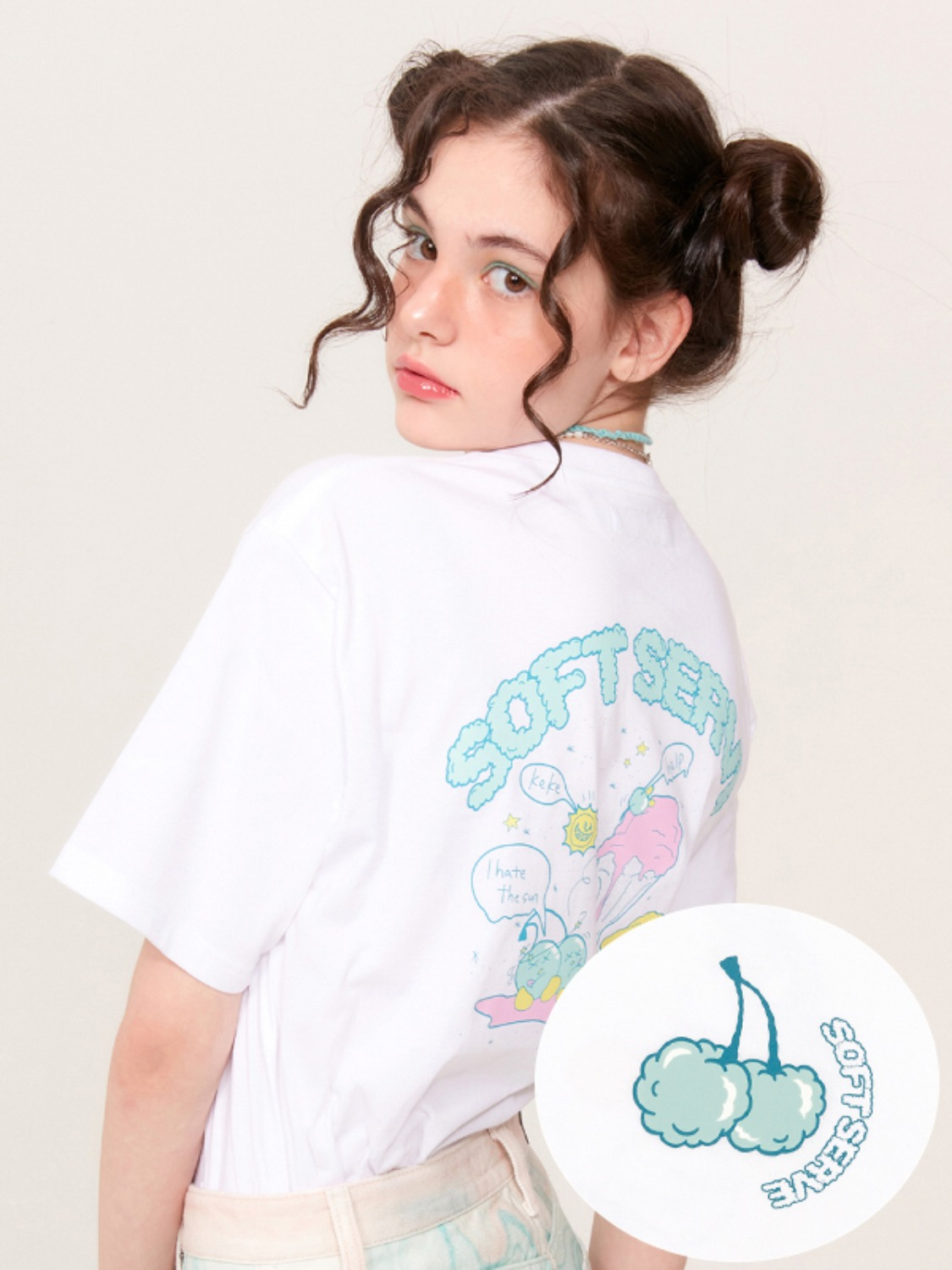 (4월 27일 예약발송)SOFT MIDDLE CHERRY T-SHIRT KH [WHITE]